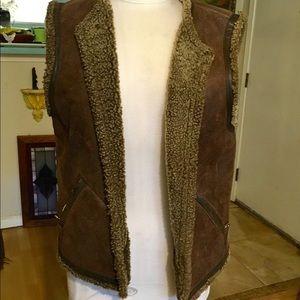 Bogner brown leather shearling vest M